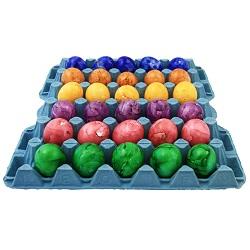 Gekookte en gekleurde eieren x30